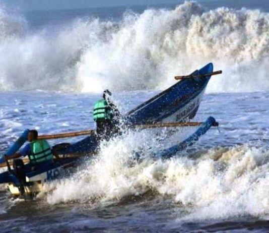 BMKG: Waspada Gelombang Tinggi di Perairan Indonesia
