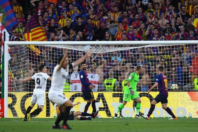 Hajar Barca 2-1, Valencia Juara Piala Raja Spanyol