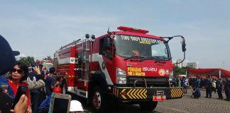 Waduh! Petugas Gulkarmat Larikan Mobil Pemadam Kebakaran dalam Keadaan Mabuk