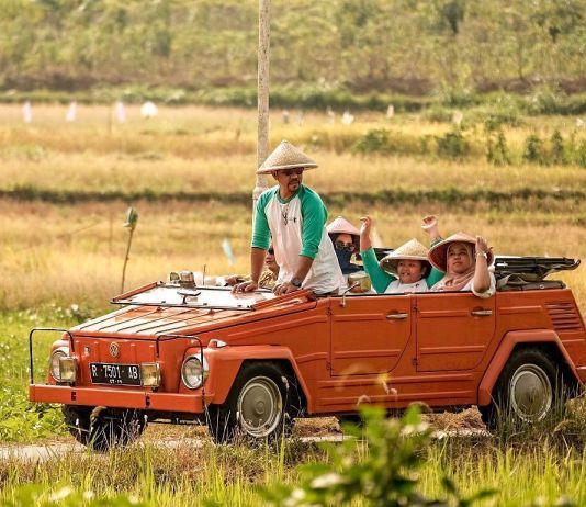 Begini Asyiknya Wisata Keliling Magelang dengang VW Safari