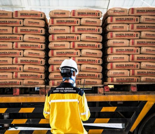 Analis: Akuisisi Holcim Perkuat Daya Saing Semen Indonesia di Era Perdagangan Bebas