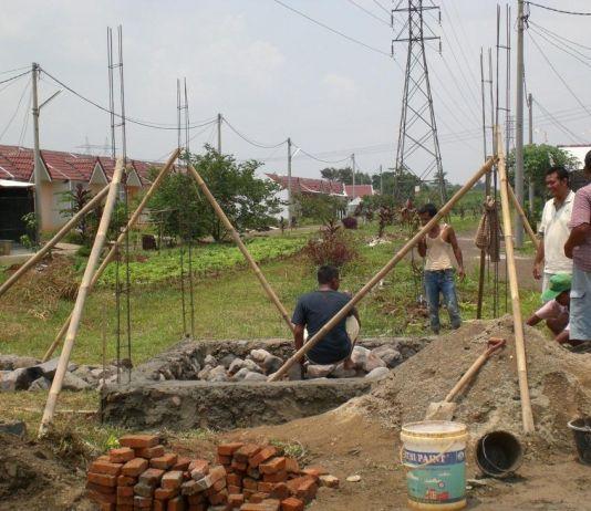 Sosok Menyerupai Perempuan Dikabarkan Melayang di Atas Perumahan di Bogor (3)