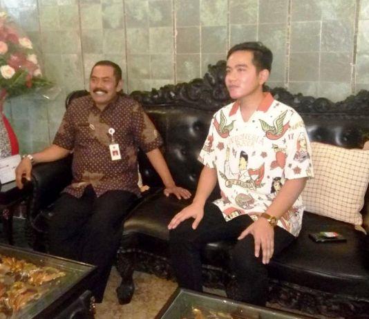 Anak Presiden Jokowi Kunjungi Wali Kota Surakarta, Ada Sedikit Obrolan soal Pilkada