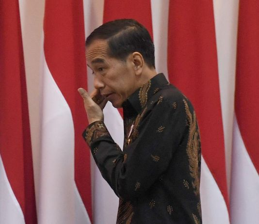 Simalakama Jokowi: Presiden Bisa Dimakzulkan, DPR Tidak Bisa