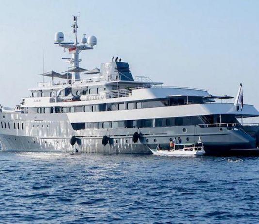 Kapal Pesiar Aqua Blu Diluncurkan, Siap Tawarkan Wisata Bahari di Labuan Bajo