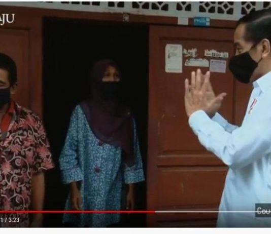 Jokowi Tinjau Penyaluran Bansos COVID-19