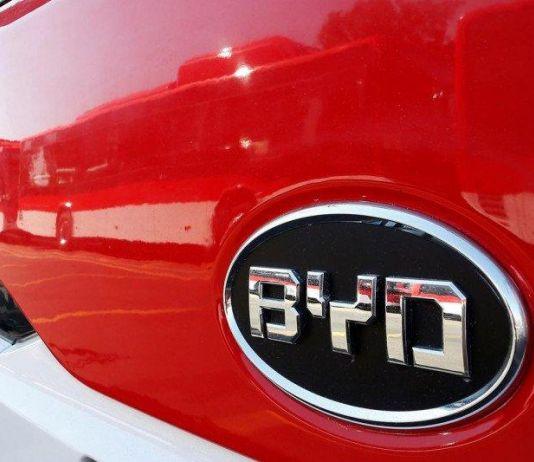 Di Tengah Ketegangan, BYD China Pasok Baterai Mobil Ford