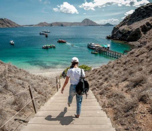 Para Pelancong Silakan Traveling, Tapi Ingat yang Satu Ini