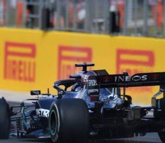 Ban Depan Pecah, Lewis Hamilton Menang Dramatis di GP Britania