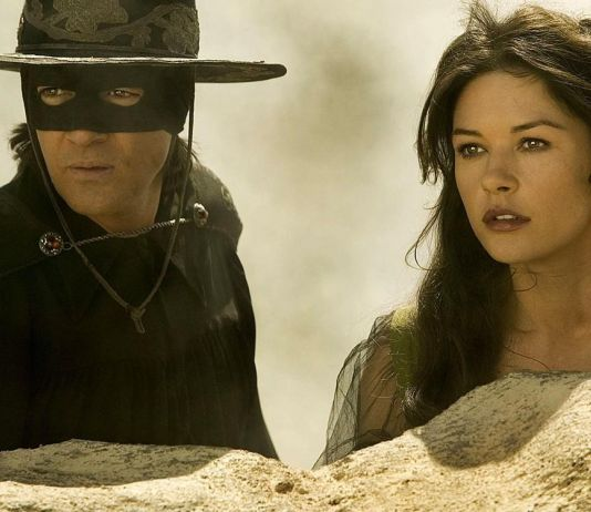 Ultah ke-60, Aktor Pemeran The Mask of Zorro Dapat Hadiah Positif Covid-19