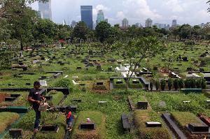 Dana Rp100 M untuk Tata Lahan Pemakaman