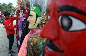Parade Ondel-Ondel Meriahkan HUT ke-491 DKI Jakarta