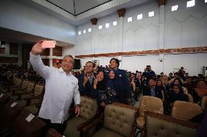 Mendes PDTT Sampaikan Kuliah Umum di Bengkulu