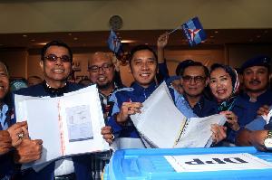 Partai Demokrat Mendaftar sebagai Partai Peserta Pemilu 2019
