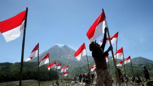 Ilustrasi Bendera Merah Putih (Baca Ini)