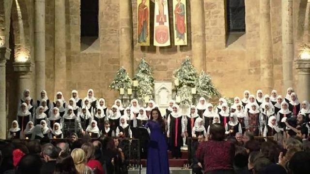 Wouw Keren, Pelajar Muslim Lebanon Lantunkan Koor Lagu Natal yang Indah dan Sangat Menyentuh