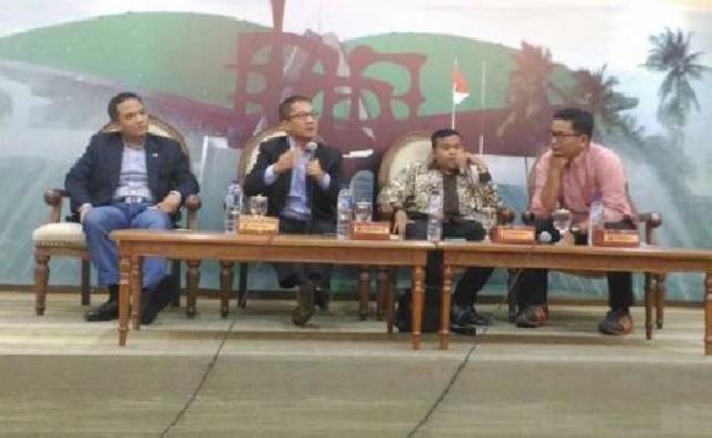 Jelang Pilkada Serentak, DPR Imbau Masyarakat Waspada Berita Hoax