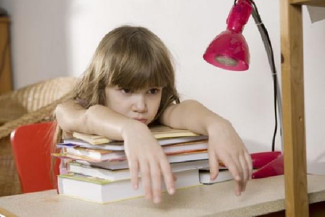 Anak Kurang Cerdas? Awas Cacingan
