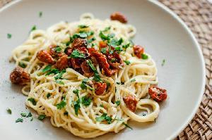 Spaghetti Aglio Olio Citarasa Bawang Putih