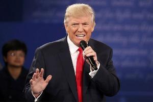 Bakal Disaksikan 900.000 Orang, Donald Trump Dilantik Di Tengah Unjuk Rasa