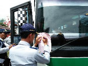 Tidak Laik Jalan, Lima Angkutan Umum Diamankan Sudinhub Jaksel