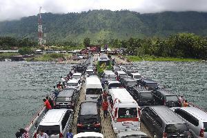 Begini Cara Menyeberang Menuju Pulau Samosir