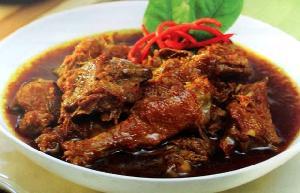 Cobain Yuk, Resep Semur Ayam nan Nikmat Ini