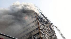 Iran Dikejutkan dengan Kobaran Api yang Mematikan, 30 Petugas Tewas