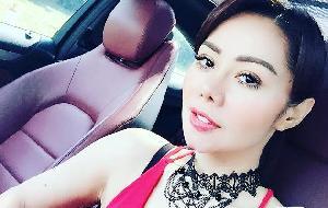 Wah! Femmy Permatasari Unggah Foto saat Mandi Busa, Netizen Heboh