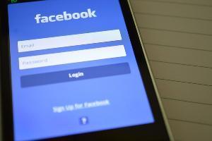 Facebook Mulai Tangkal Hoax di Jerman